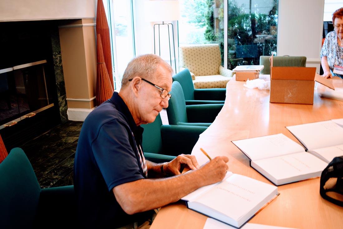 hoppy signing Darrels book